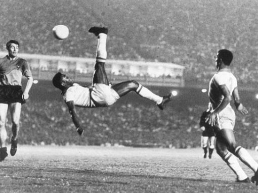 ONE MINUTE WITH PELÉ
